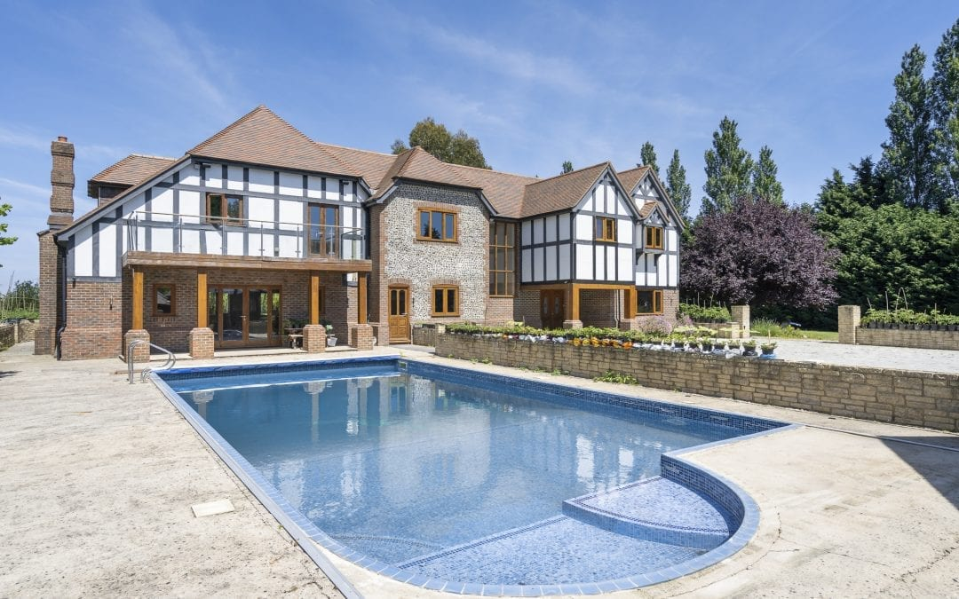 A Little Slice of Luxury in Sussex!
