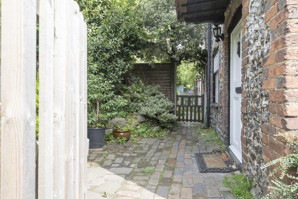 Steyning Cottage 3